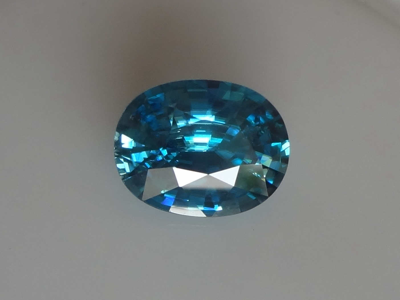 Large Blue Zircon - very wide while shallow, a big zircon gem at small price.