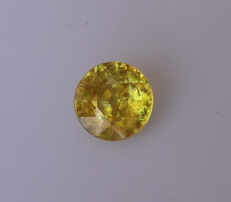 Buy Madagascar yellow Sphene.