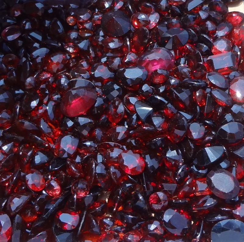 Gems From Africa Garnet And Rhodolite Wholesale Starting