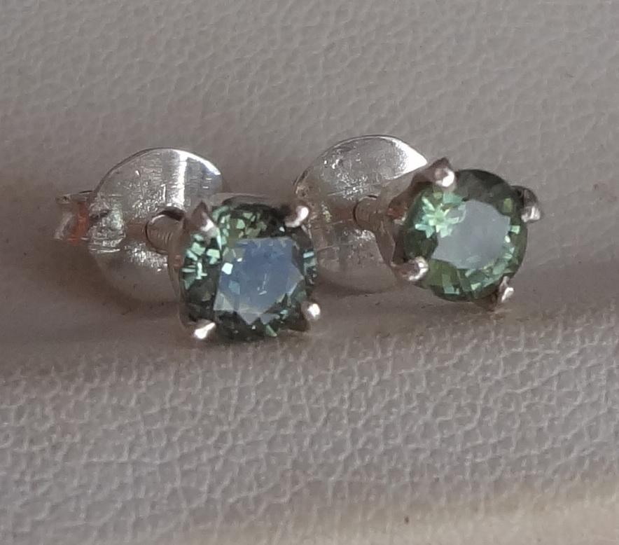 green-sapphire-silver-...
