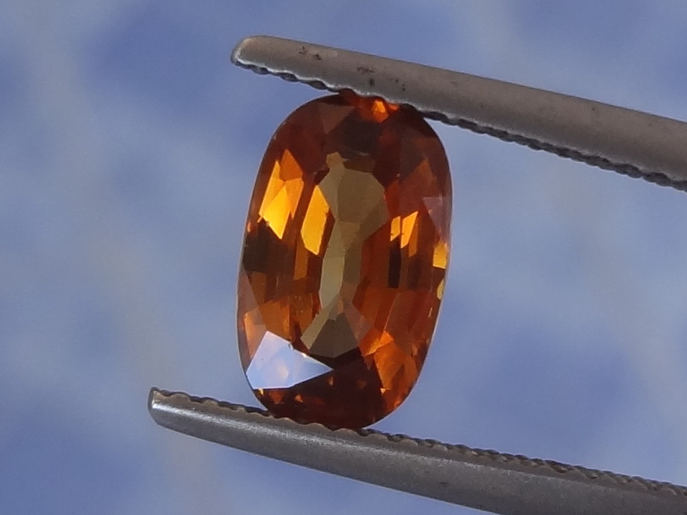 Best color natural orange Zircon